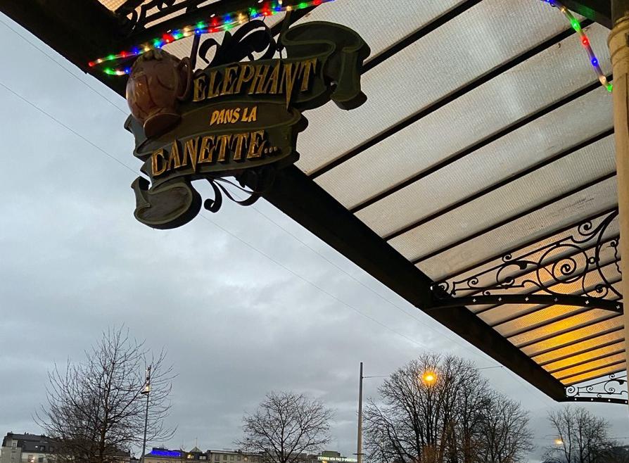 Cafés et bars genevois : « On vit au jour le jour »